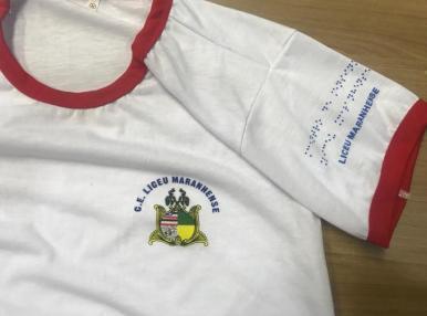 Maranhão distribui uniformes com inscrição em Braille para estudantes