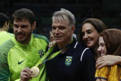 Bernardinho deixa comando da seleção masculina de vôlei