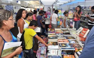Secretaria lança chamadas públicas para 11ª Feira do Livro de São Luís