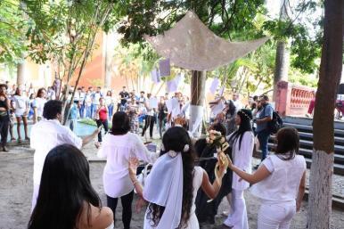 Estudantes e turistas comparecem ao Sarau Literário no Convento das Mercês