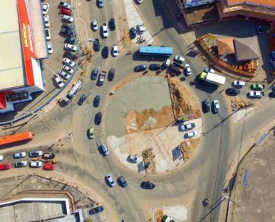 Trânsito é alterado após retirada da rotatória no São Cristóvão