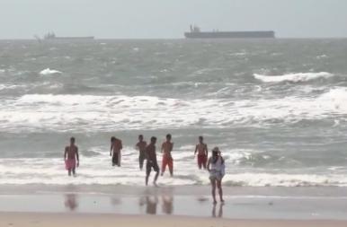 Praias: Ponta d'Areia apresenta único ponto improprio para banho em São Luís