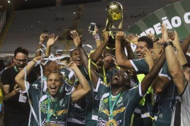 Luverdense arranca empate e conquista a Copa Verde