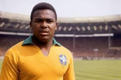 Morre Coutinho, atacante da Seleção Brasileira na Copa de 1962