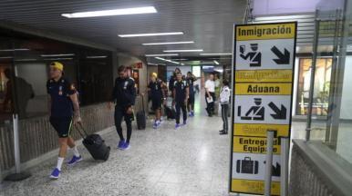 Brasil chega a Barranquilla para enfrentar a Colômbia nessa terça (5)