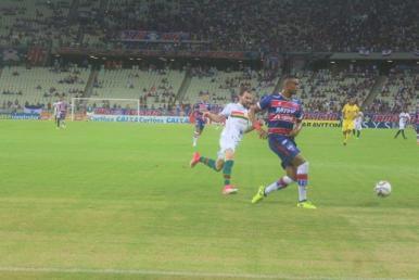 Sampaio perde para o Fortaleza no jogo de ida da Série C