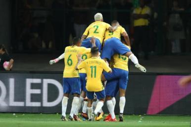 Brasil vence o Chile na última rodada das Eliminatórias da Copa 2018