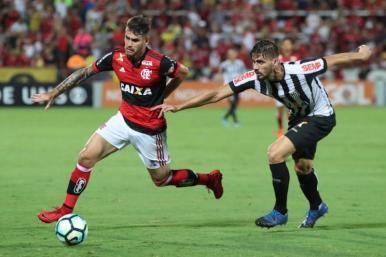 De virada, Santos derrota o Flamengo, no Rio