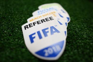 Futebol: árbitros recebem insígnias da FIFA nesta terça (16)