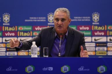 Tite convoca 25 jogadores para amistosos contra Rússia e Alemanhago