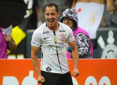 Corinthians, Inter e Vasco vencem na estreia do Brasileirão 2018