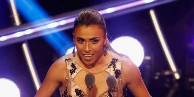 Futebol feminino: Marta fatura prêmio de melhor do mundo pela sexta vez