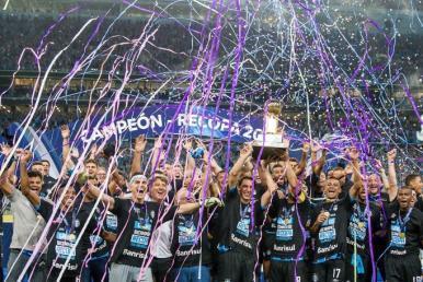 Retrospectiva 2018: Grêmio e Atlético-PR faturam taças internacionais