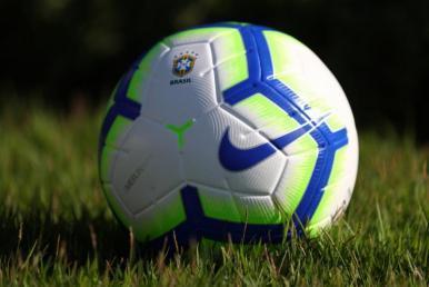 Futebol: CBF apresenta bola oficial do Brasileirão e Copa do Brasil