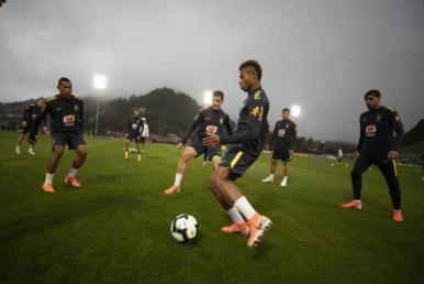 Seleção Brasileira afina conceitos para amistoso contra o Catar