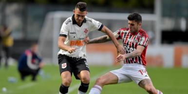 Vasco supera o São Paulo e sobe na tabela da Série A do Brasileirão