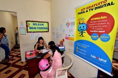 Unidades dos Cras estão agendando para recebimento de kits para TV Digital em SL