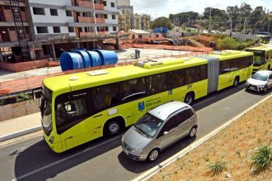Linhas de ônibus terão trajeto alterado e frota ampliada durante o Carnaval