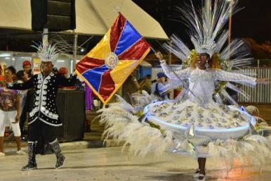 Apuração de desfiles acontece nesta quarta-feira (14) no Teatro Alcione Nazaré