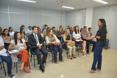 Prefeitura e Grupo Mateus promovem acesso ao programa Jovem Aprendiz