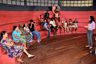 Prefeitura capacita vendedores informais para espetáculo 'Via Sacra', no Anjo da Guarda