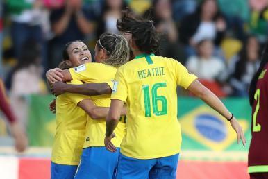 Copa América Feminina: Brasil goleia Venezuela e garante vaga antecipada