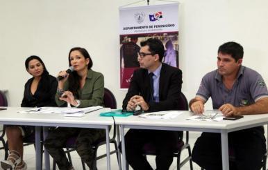 Polícia do MA apresenta suspeito de feminicídios em coletiva
