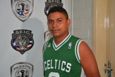 Preso suspeito de comercializar drogas no bairro Santa Antônio