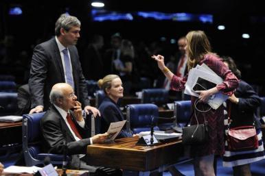 Oposição pede renúncia de Temer por avalizar compra de silêncio de Eduardo Cunha