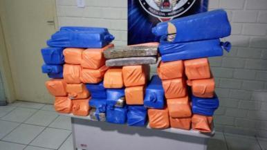 Polícia Civil aprende 80 kg de drogas no bairro do Anil