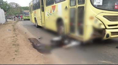Após colisão, motociclista morre atropelado em São Luís