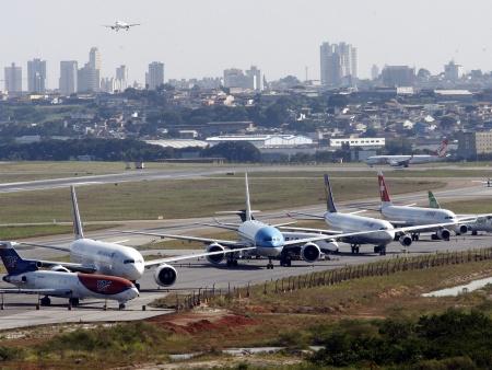 Justiça determina que greve nos aeroportos não pode ter mais de 20% de funcionários parados