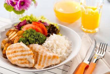Confira dicas de alimentação saudável para o Carnaval
