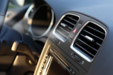 Manutenção adequada do ar-condicionado é essencial para os ocupantes do veículo