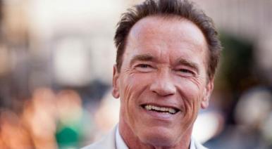 Schwarzenegger vai dublar série animada do último projeto de Stan Lee