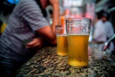 Aumenta o número de brasileiros que admitem beber álcool e dirigir