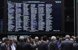 Depois de 50 horas de debates, MP dos Portos é aprovada pela Câmara