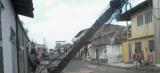 Caminhão derruba postes no bairro São Bernardo em São Luís
