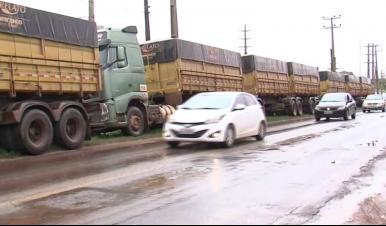 Caminhoneiros bloqueiam estradas no MA em protesto contra aumento nos combustíveis