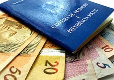 Empregador que atrasar pagamento de salário pode pagar multa