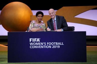 FIFA e ONU Mulheres firmam primeira parceria em prol da igualdade de gênero no esporte