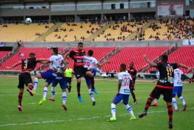 Bahia goleia o Moto Club por 4 a 0 e está nas quartas de final do Nordestão