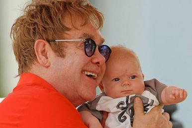 elton chat sites Chat chat online with an  elton john announces final shows of his critically-acclaimed caesars palace residency.