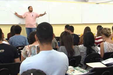 Ensino de filosofia e sociologia poderá se tornar obrigatório no nível médio