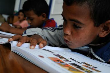Número de crianças fora da escola não diminuiu em 10 anos