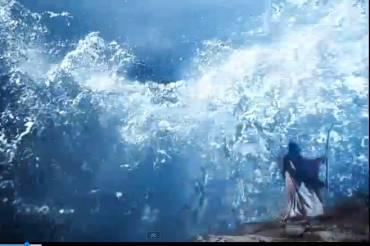 moisés ergue o cajado em direção ao mar vermelho e as águas se abrem