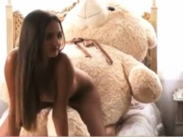 Playboy Veja Novas Fotos De Catarina A Virgem