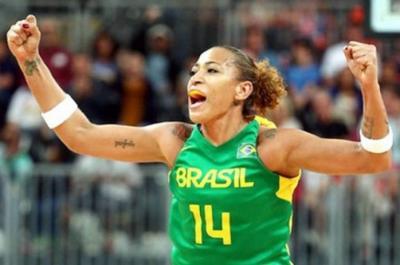 Sampaio Basquete anuncia contração da pivô Erika Souza